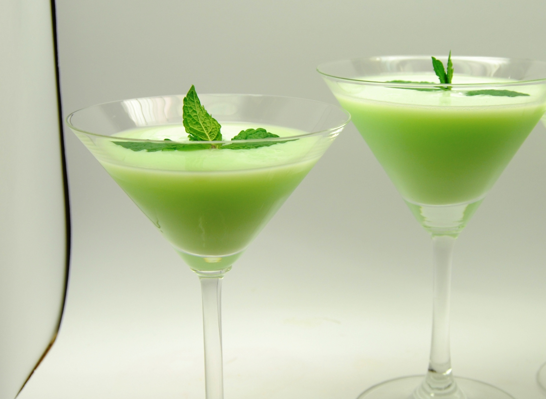10 Drinks Better Than Green Beer